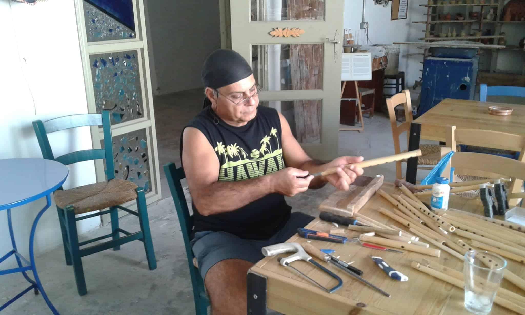 flute maker