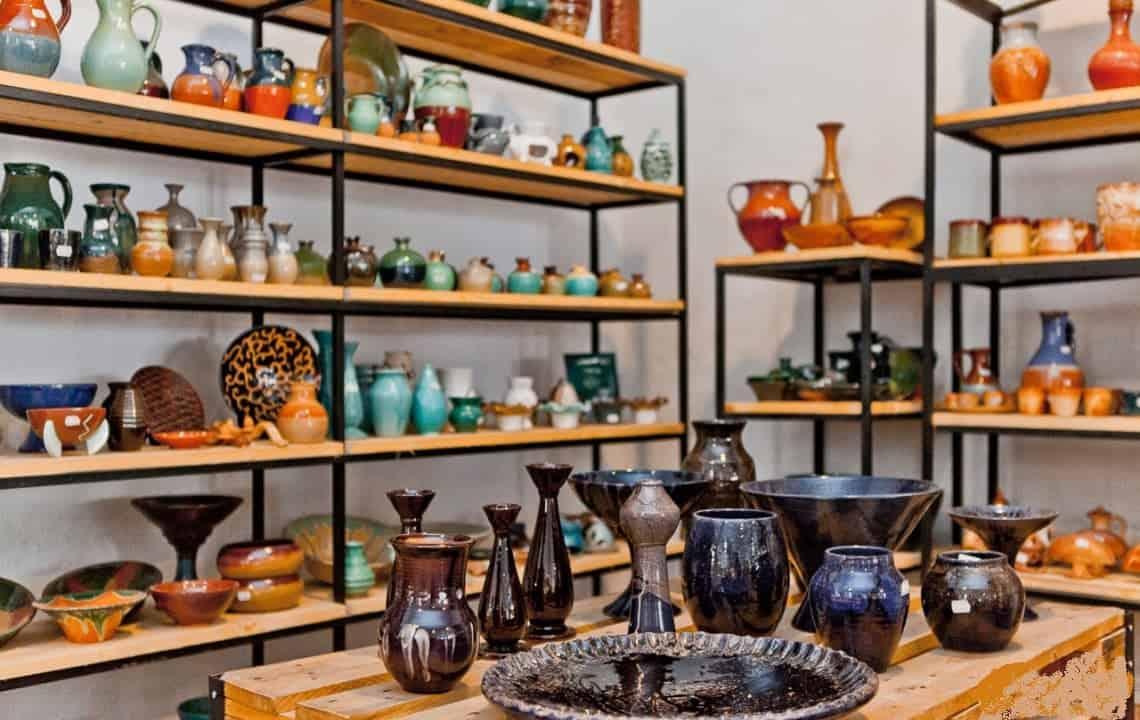 pottery 0